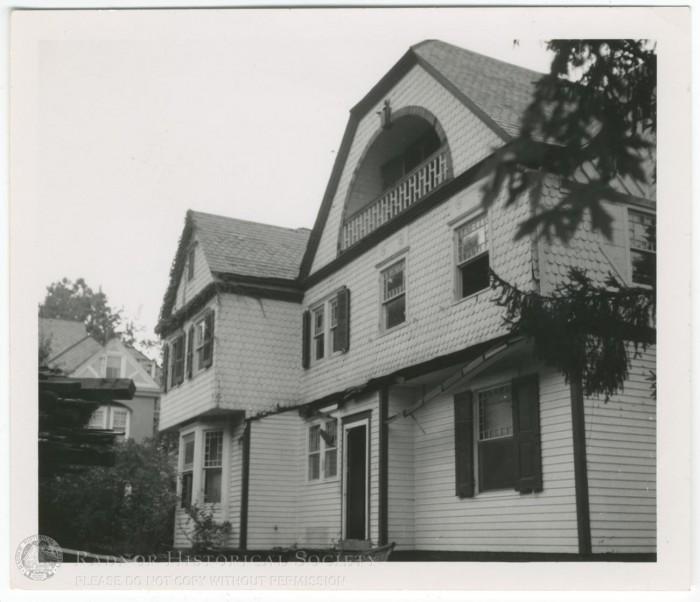 1995.0986